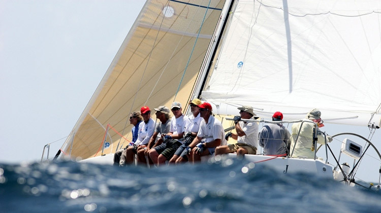 team-building-barca-vela