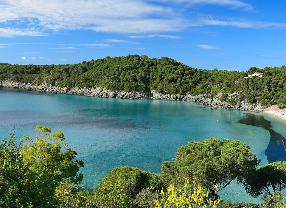 fetovaia-elba-italy-sailing-holidays-cruise-960