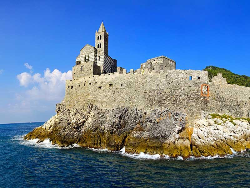 Portovenere-holiday-charter-sailing-barca-a-vela