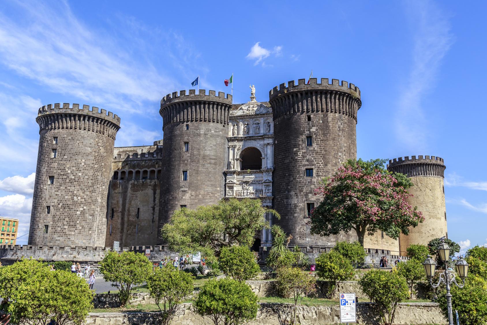 Maschio Angioino, Naples